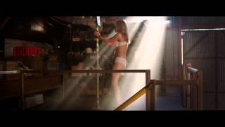 getlinkyoutube.com-We're the Millers - Stripping Scene