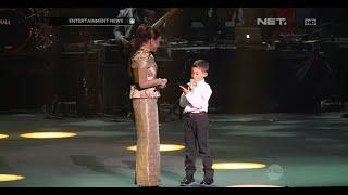 getlinkyoutube.com-Rossa ajak anak naik ke panggung saat konser di Kuala Lumpur