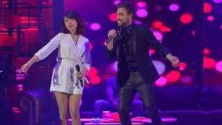 """getlinkyoutube.com-Beyaz Show - """"Aşk Yeniden"""" dizisi için yapılan parça ilk kez Beyaz Show'da söylendi!"""
