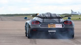 getlinkyoutube.com-Koenigsegg One:1 - Launch Control and Flybys at Hypermax