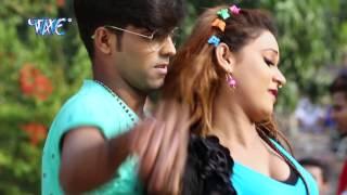 getlinkyoutube.com-गोरी चुम्मा देदs - Gori De Da Chumma - Saiya Lagawada Internet - Sandeep - Bhojpuri Hot Songs 2017