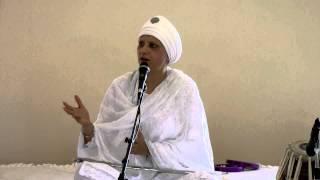 getlinkyoutube.com-Bibi Baljeet Kaur Ji - Suthra Shah