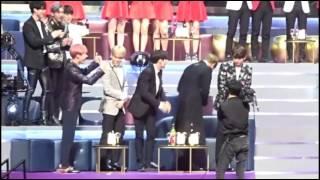 getlinkyoutube.com-GFriend SinB & BTS Jungkook [SinKook] Moments-161202 MAMA