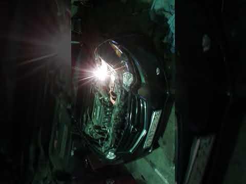 Замена лампочки ближнего света хонда аккорд (8кузов)