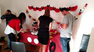 getlinkyoutube.com-Mesa dulce (Mickey Mouse) montaje.