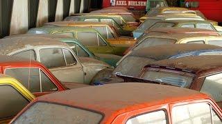 getlinkyoutube.com-Заброшенный автосалон.Брошенные автомобили.