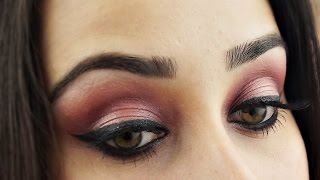 getlinkyoutube.com-Blushing Pink Eyes - Makeup Tutorial using Revealed 2 Palette