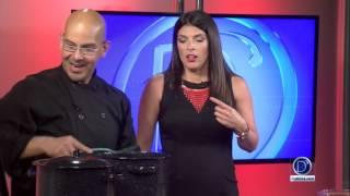 El Chef Vegano Eddie Garza nos muestra como preparar un Pozole más saludable y delicioso