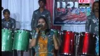 getlinkyoutube.com-Khelo Khelaiya Pancham Na Sathware - Part 2 ( Non Stop Live Gujarati Raas Garba )