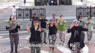 getlinkyoutube.com-Gemu Fa Mi Re  Army Look by KBRI Budapest
