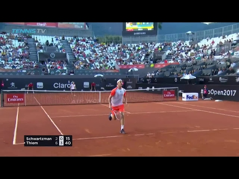 Dominic Thiem amazing tweener / hot dog shot at 2017 ATP Rio Open