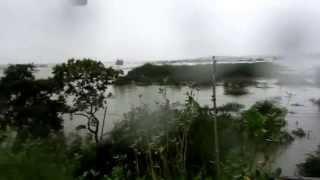 getlinkyoutube.com-Chembarambakkam lake water open due to heavy rain in Chennai (Part-3)