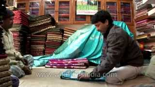 getlinkyoutube.com-Banarasi saree shop at Varanasi, Uttar Pradesh