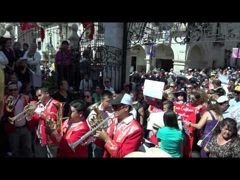 HIJOS AUSENTES   3   WWW.YAHUALICA.NET EL CEREBRO