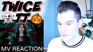 "getlinkyoutube.com-TWICE (트와이스) ""TT"" MV Reaction 