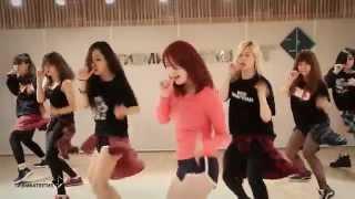 "getlinkyoutube.com-Jun Hyosung - ""Good-night Kiss"" Dance Practice Ver. (Mirrored)"