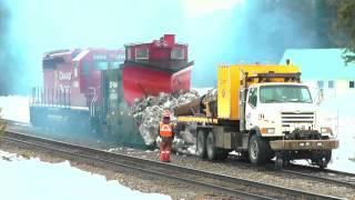 CPR Jet Truck Melts Snow off Plow 400840