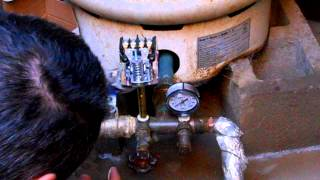 getlinkyoutube.com-Replacing a well pressure switch & re-pressurizing the tank to avoid short cycling