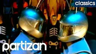 getlinkyoutube.com-Michel Gondry - Around the world - Daft Punk (Partizan Classics 1997)