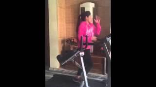 getlinkyoutube.com-Miss Pooja in Gym on Date on ford