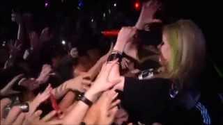 getlinkyoutube.com-BONUS : 30 Moments That Makes Us Love Avril Lavigne (Happy 30th Birthday ♥)