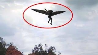 getlinkyoutube.com-Angels Caught On Tape Flying