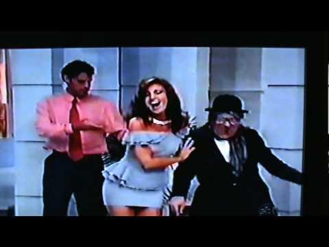 Edna Velho cantando trecho da música de Whitney Houston