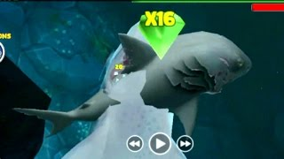 getlinkyoutube.com-Hungry Shark Evolution Megalodon vs Evil Megalodon | How to crash submarines Quickly with megalodon