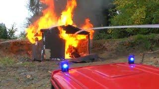 getlinkyoutube.com-BIG FIRE, HEAVY FIRE IN WAREHOUSE, RC FIRE TRUCK, RC FIRE ENGINE, RC LADDER,Großbrand
