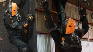 getlinkyoutube.com-Is it Possible to do Parkour in a DEATHSTROKE Costume?