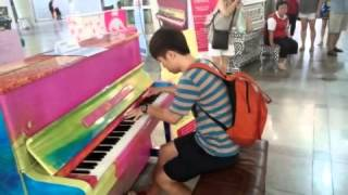 getlinkyoutube.com-수원역 피아노 - 라 캄파넬라(La Campanella)