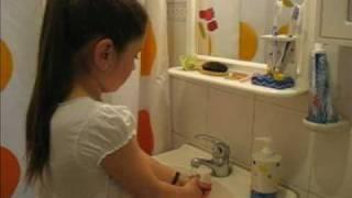 getlinkyoutube.com-¡A lavarse las manos!