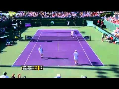 Djokovic, Murray Hot Shot Doubles Reflexes In Miami