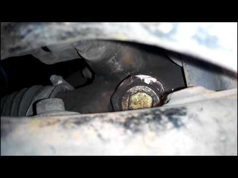 Где в Toyota Altezza педаль сцепления