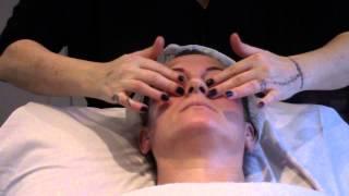 getlinkyoutube.com-STRAORDINARIO Massaggio viso RELAX EMOZIONALE