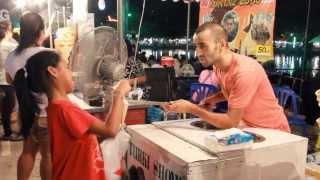 getlinkyoutube.com-ฝรั่งขายไอติมอย่างฮา