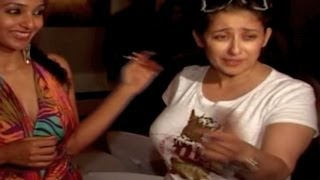 getlinkyoutube.com-Manisha Koirala CAUGHT DRUNK