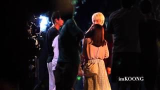 getlinkyoutube.com-(fancam) AOMike @ filming KISS ME ( heart breaking scenes)