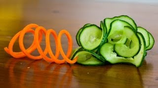 getlinkyoutube.com-How to Make a Carrot Slinky and Cucumber Garnish