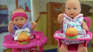 getlinkyoutube.com-Barbie Baby Doll Potty Training Part 2 - Color poop from Gummy Jello Fun Video My Disney toys