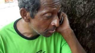 getlinkyoutube.com-Manga Larga Bebado Cai no trote da Flavinha Frutal mg