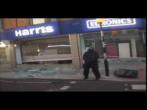 Hackney Riots - 8th August 2011
