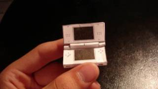 getlinkyoutube.com-World's smallest Nintendo DS Lites!