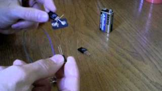 getlinkyoutube.com-Generatore di tensione 5v (tutorial)