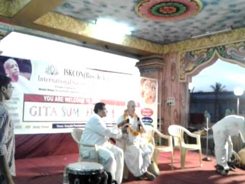 H.G.Deena Bandhu Prabhu from Vrindavan addressing on the concluding ceremony at Gita summer camp2013