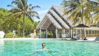 getlinkyoutube.com-Honeymoon in Maldives   Lux* Maldives Resort [HD]