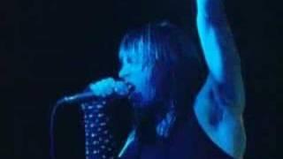 getlinkyoutube.com-Iron Maiden - Hallowed Be Thy Name (live)