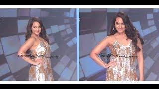 Sonakshi Sinha Show Hot Cleavage