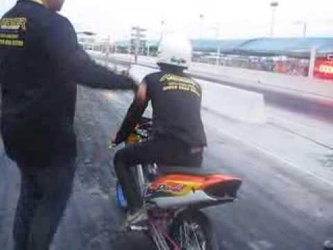 ช่างเก๋บางน้ำเปรี้ยวงานmakerbikeขับโดยอั้มเช่นเคย