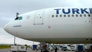 getlinkyoutube.com-Graceful Turkish A330 departing İstanbul  - THY A330 İstanbul Kalkışı- GoPro Hero3, TM900 1080p